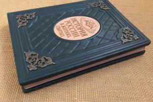 история в житиях святых подарочная кожаная книга elitknigi.ruIMG_6337